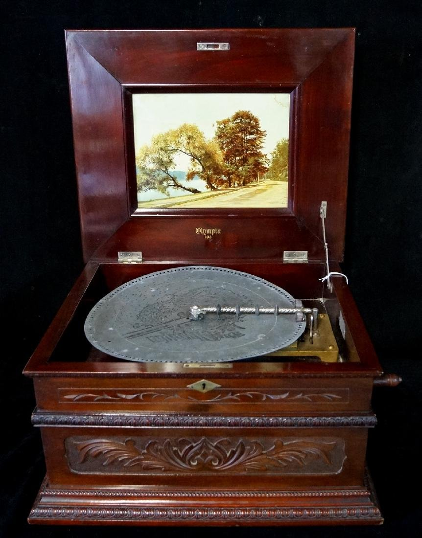 OLYMPIA CARVED CASE DOUBLE COMB DISK PLAYER - 2
