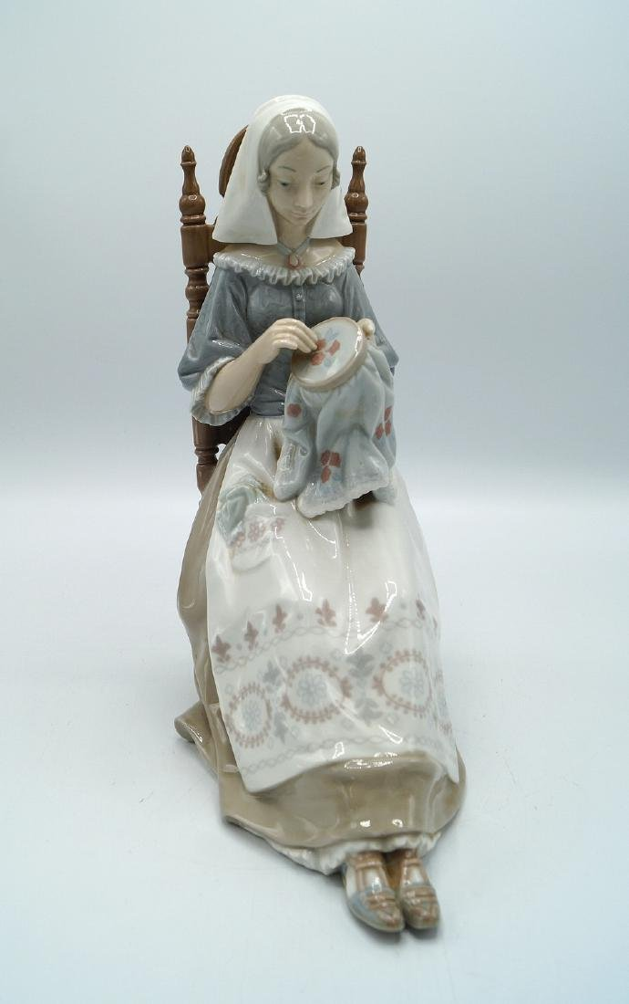 "LLADRO ""WOMAN AT NEEDLEPOINT"""