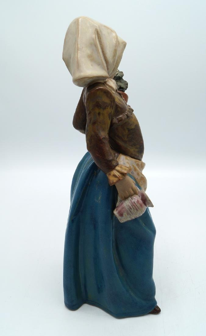 """LLADRO """"GIRL AND POTTED FLOWER"""" - 3"""