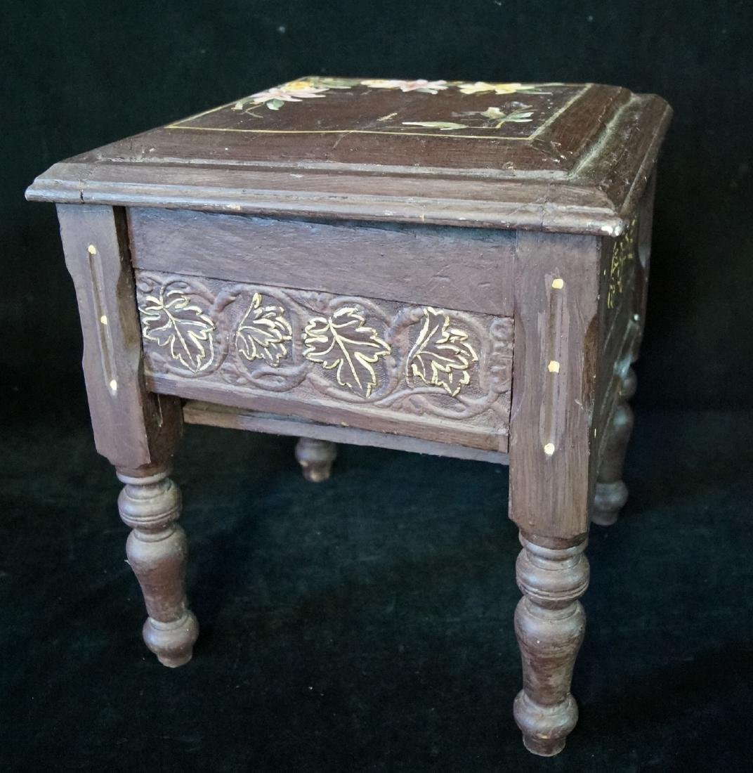 CARVED & PAINT DECORATED SHOE BENCH