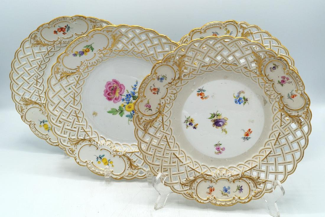 4 MEISSEN RETICULATED PLATES