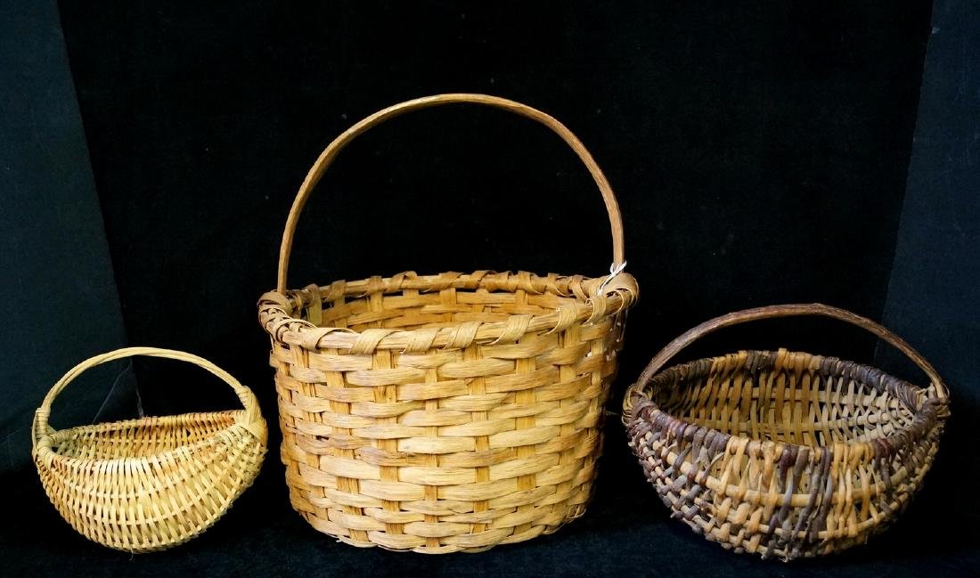 GROUP 3 VINTAGE BASKETS