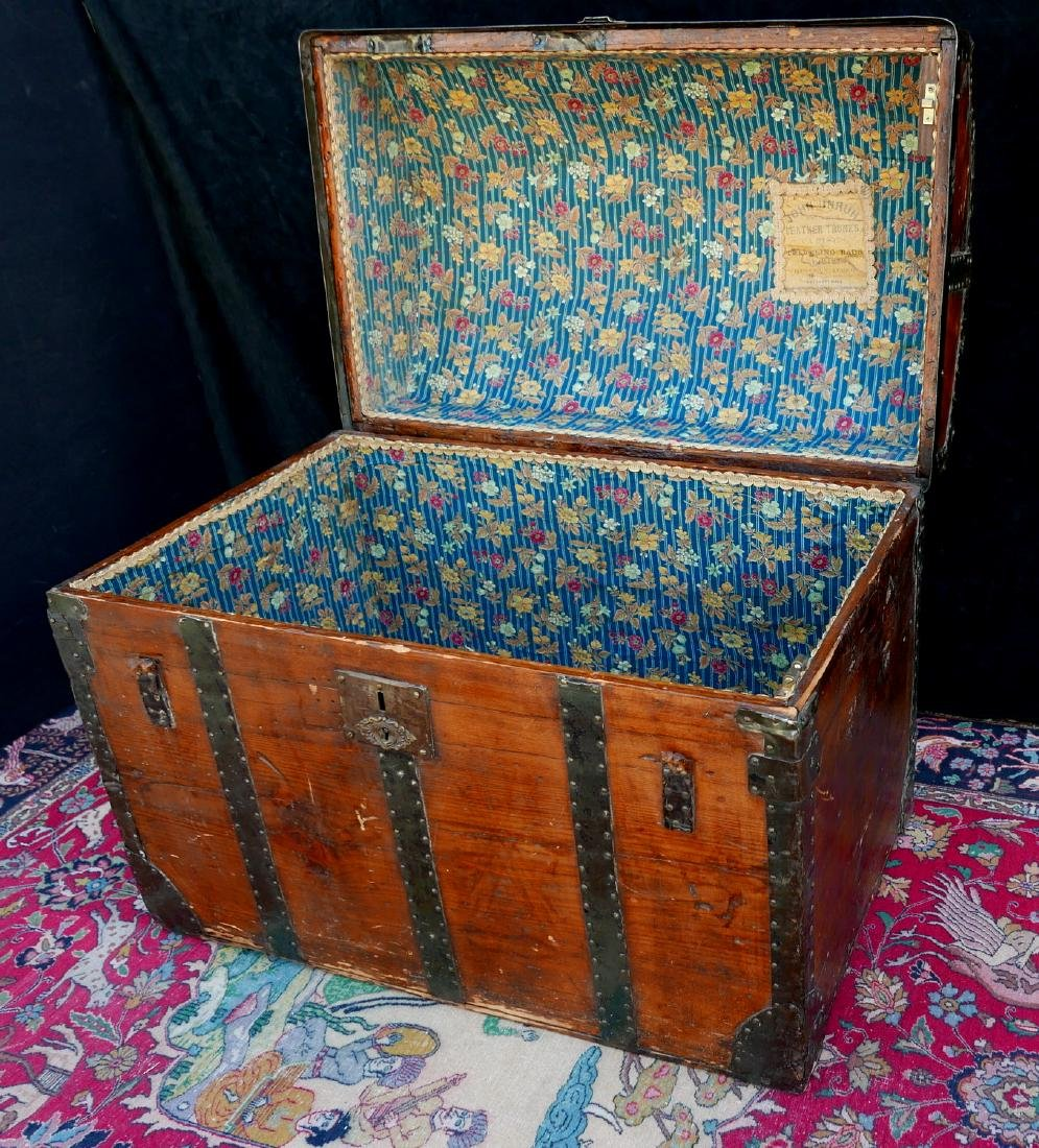 VINTAGE JOHN UNRUH DOME TOP TRUNK - 3