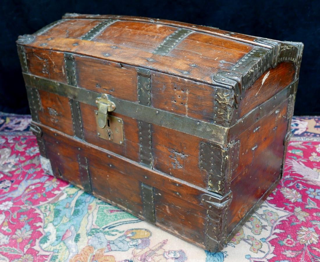 VINTAGE HAWTHORN & TURNER DOME TOP TRUNK - 2