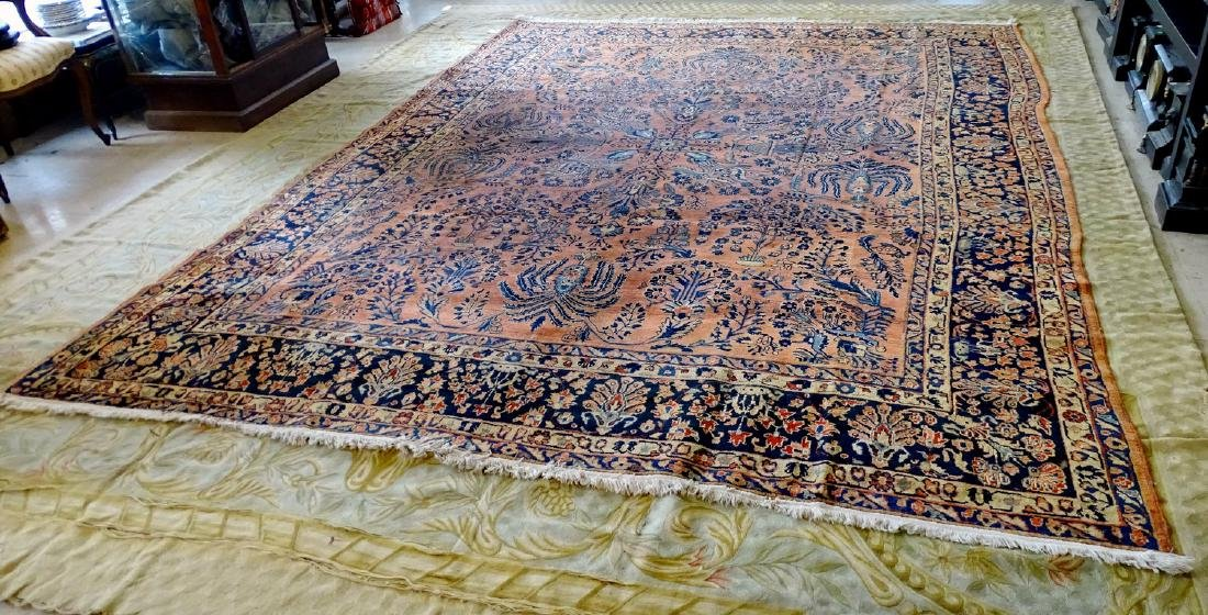 ANTIQUE SAROUK RUG C. 1920