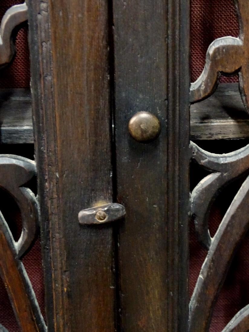 ENGLISH 2 DOOR OAK HANGING CABINET - 5