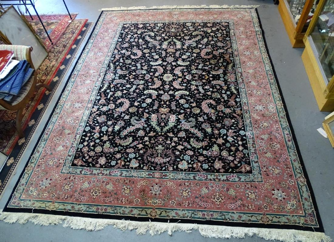 ORIENTAL RUG WITH FLORAL MOTIF 12' X 9'
