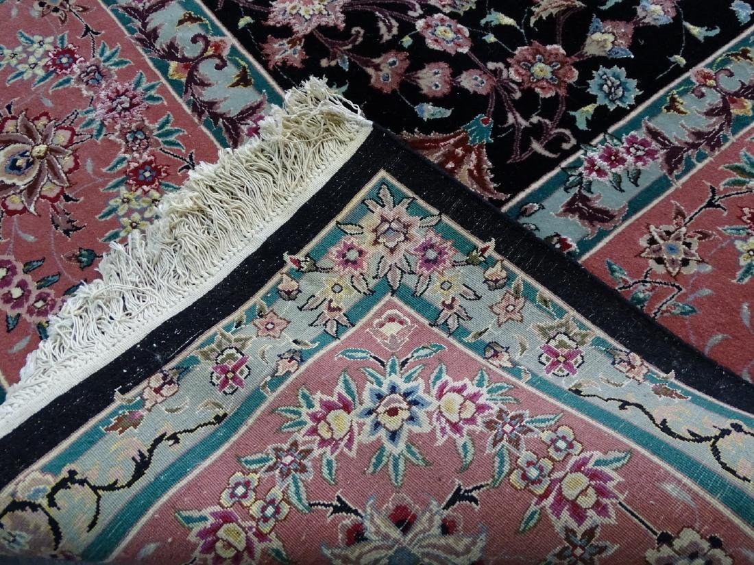 ORIENTAL RUG WITH FLORAL MOTIF 12' X 9' - 2