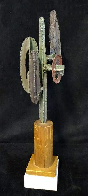 IRON CACTUS SCULPTURE