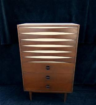 ARNE VODDER STYLE CHEST OF DRAWERS