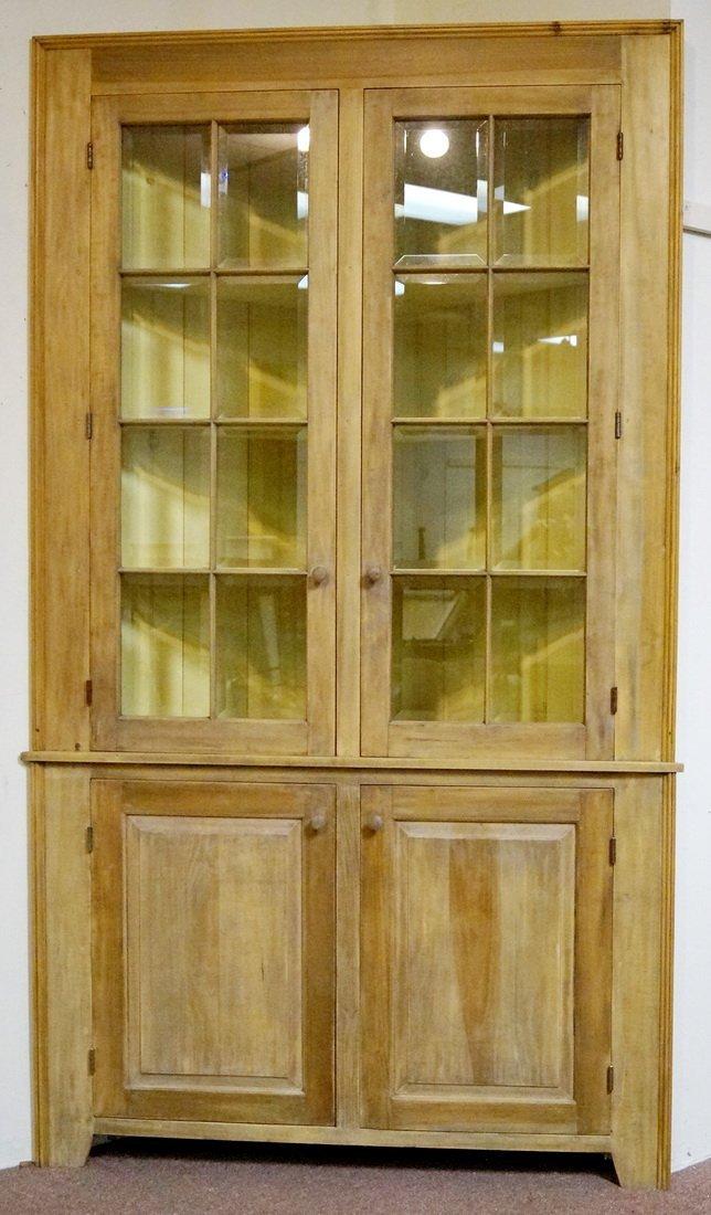 PR. BEVELED DOOR CORNER CABINETS