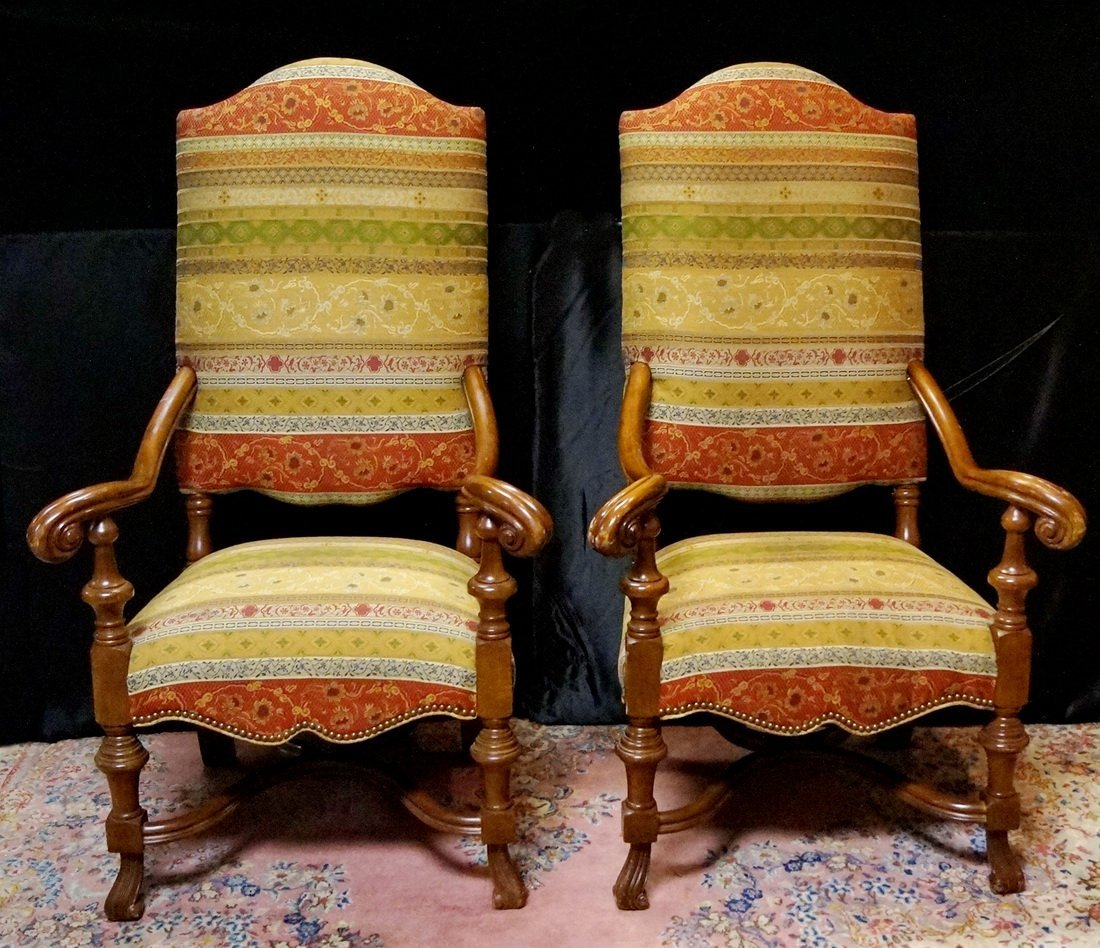 PR. OPEN ARM HALL CHAIRS