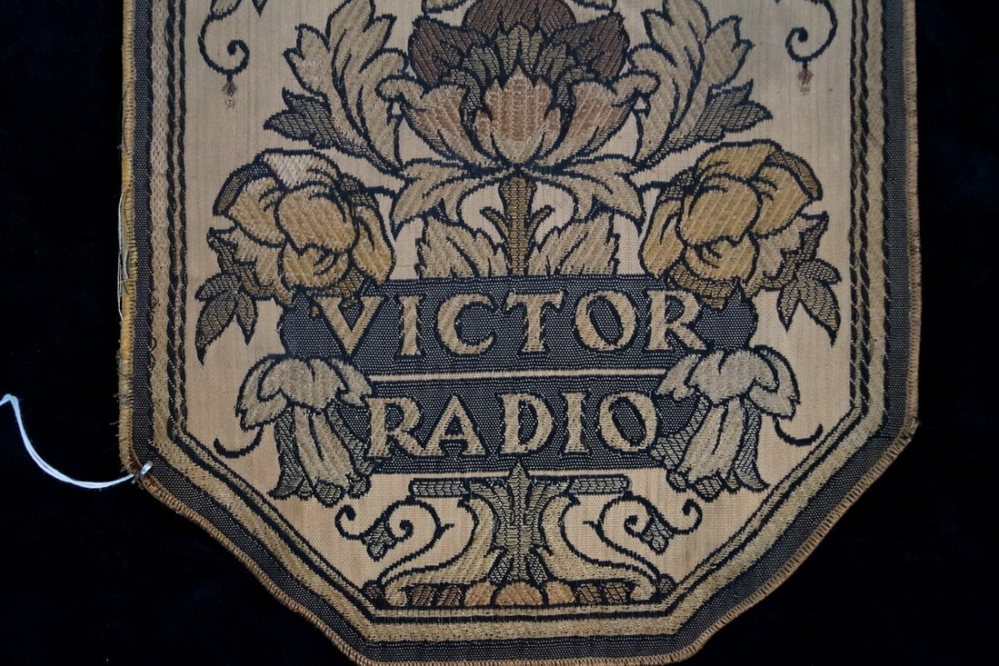 "RCA VICTOR ""HIS MASTERS VOICE"" FABRIC ADVERTISING - 4"