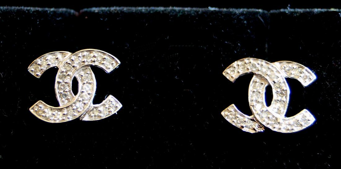 PR. WHITE GOLD & DIA. STUD EARRINGS
