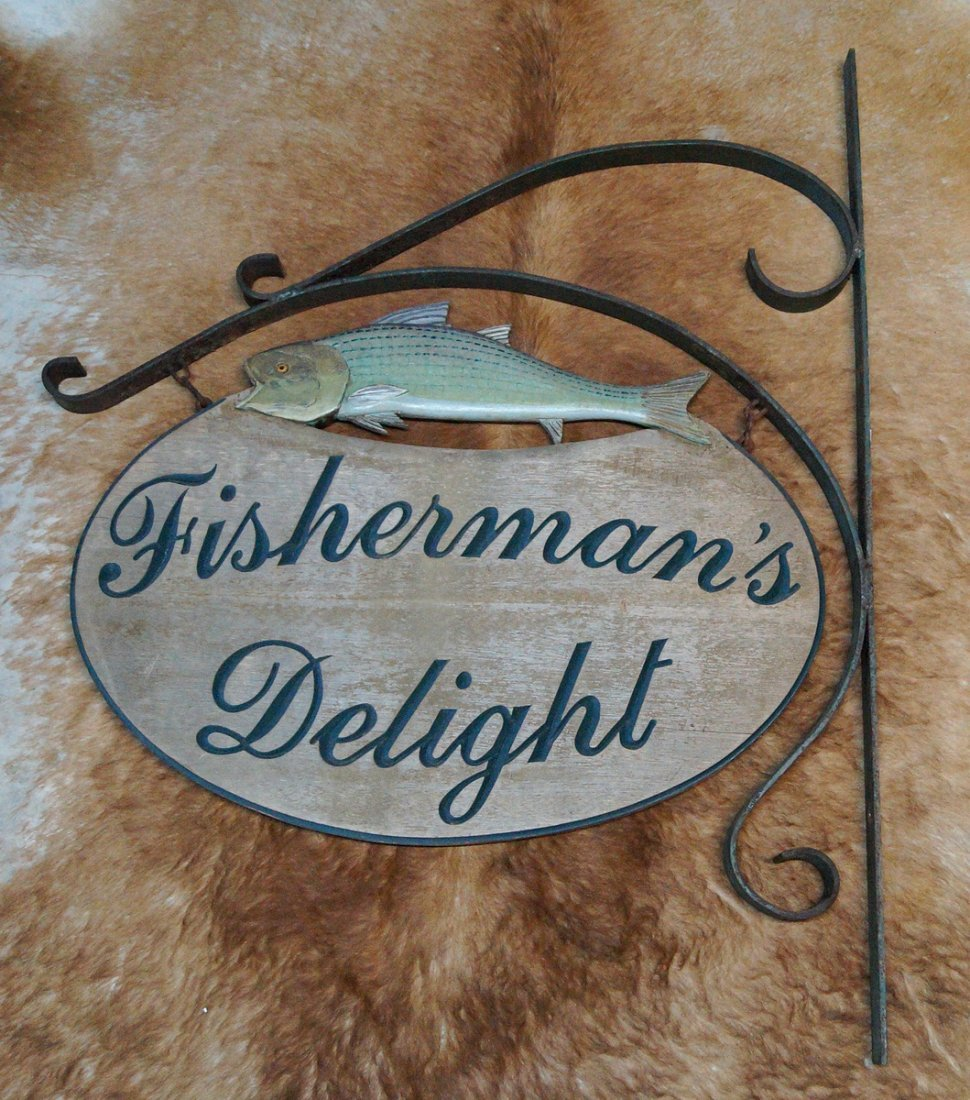 FISHERMAN'S DELIGHT WOOD HANGING SIGN