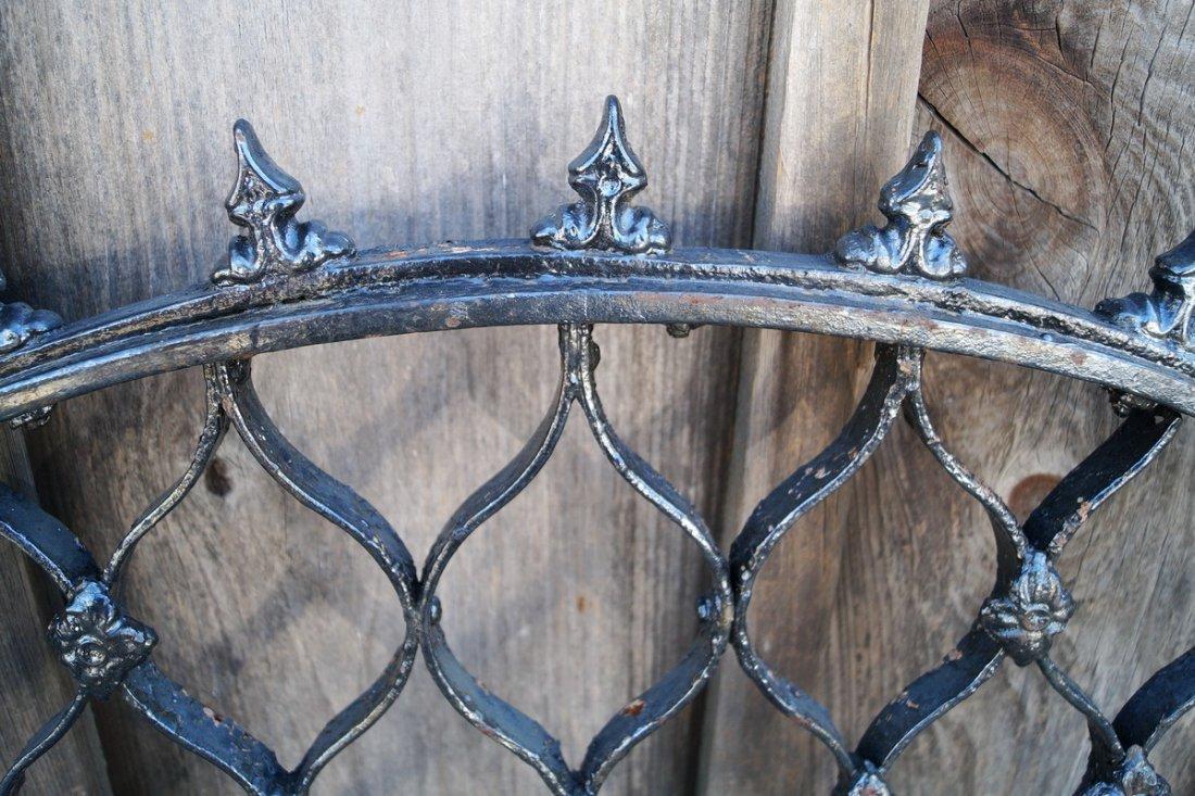 CAST IRON GATE W/ SPIKE TOP - 3