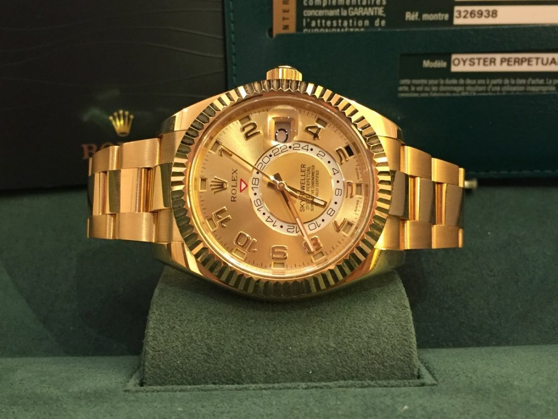 Rolex Sky - Dweller - Yellow gold