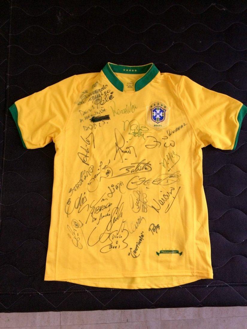 Braziliam team shirt 2006 - more twenty autographs