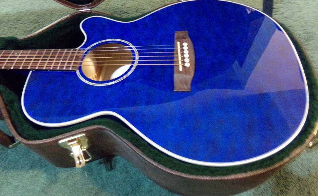 Gloss Blue Takamine EG440C-STBQ Electric Acoustic - 3