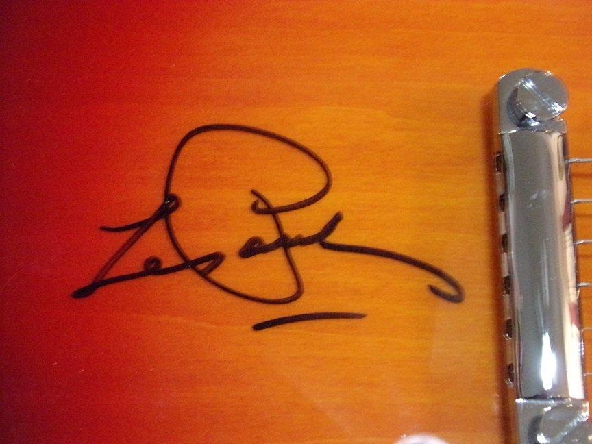 Autographed  Les Paul Epiphone Heritage Cherry Sunburst - 3