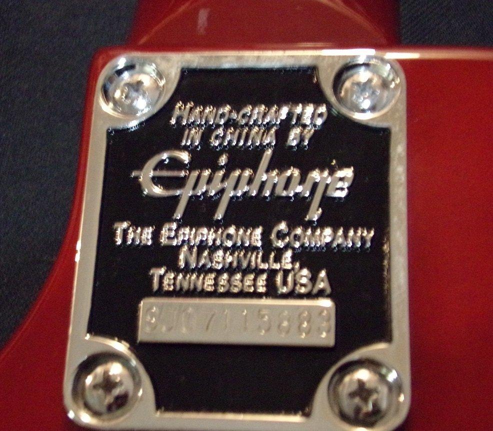 Autographed  Les Paul Epiphone Heritage Cherry Sunburst - 4