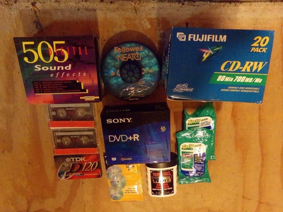 Lot of  DVD+R CDRW & 505 Digital sound Effect ETC - 2