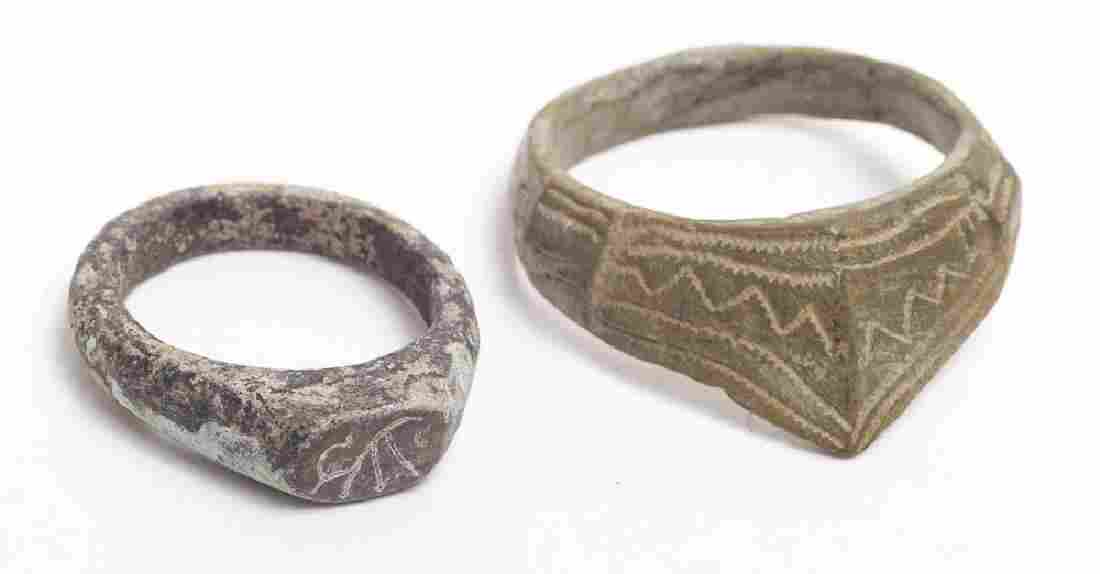 Lot of 2 Ancient Roman Archer Bronze Rings c.2nd cen AD