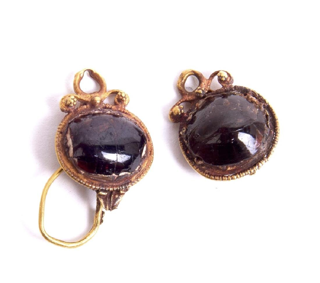 Ancient Roman Gold Earrings with Garnet c.2nd cent AD