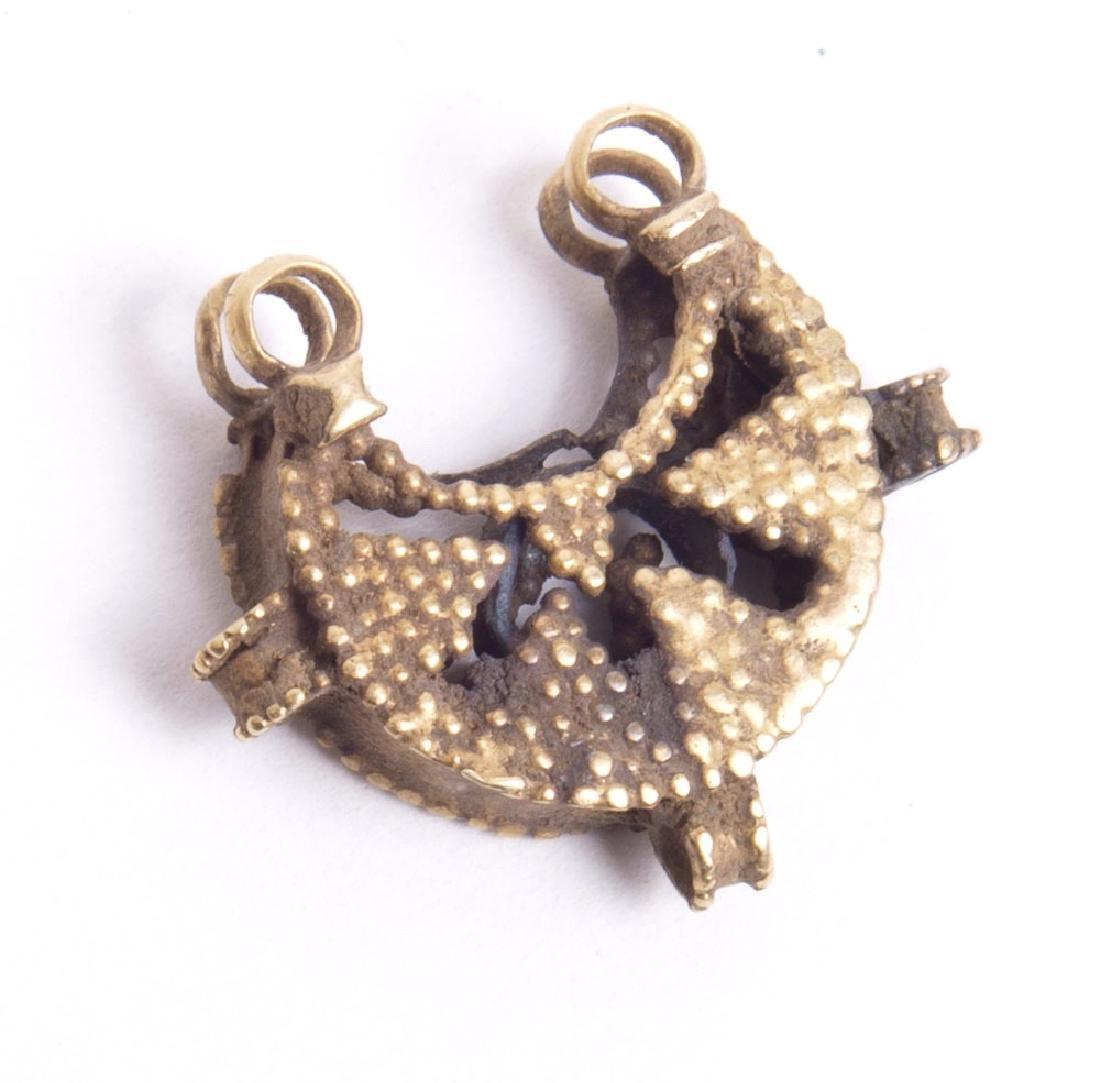 Ancient Islamic Gold Earring c.7th century AD