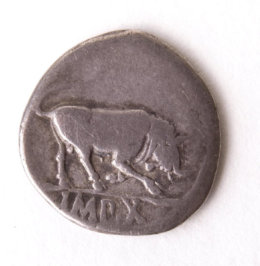 Ancient Roman Silver Denarius Augustus. 27 BC-AD 14. AR - 2