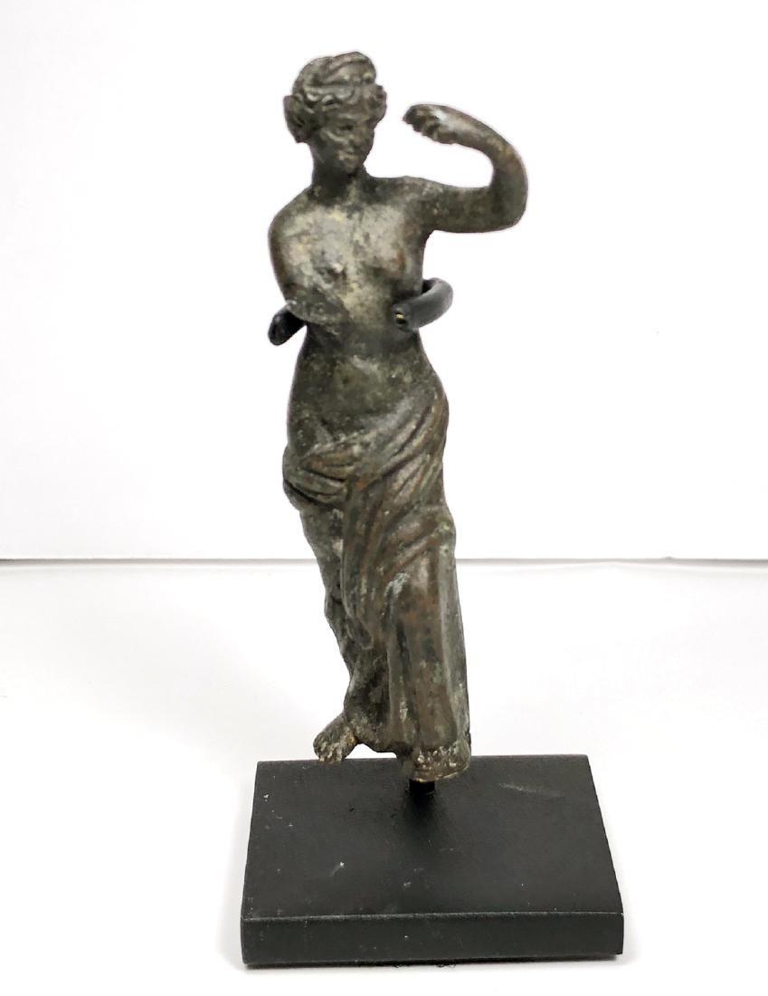 Ancient Roman Bronze figure of Venus c.200 AD.