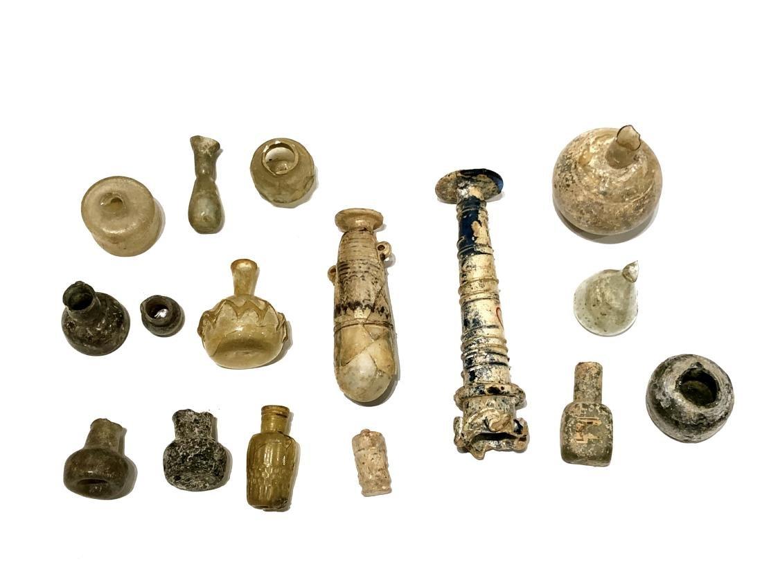 Lot of Ancient Roman, Islamic Glass Shards, vessels