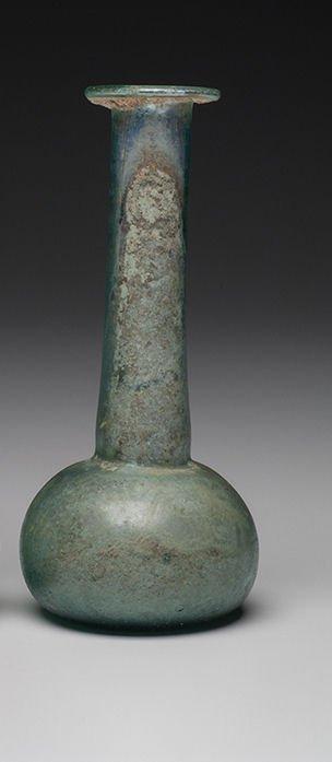 Large Ancient Roman Glass Bottle c.1st-2nd cent AD. - 3