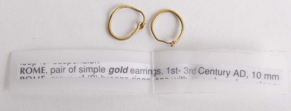 A Pair of Ancient Roman Gold Earrings c.1st century AD