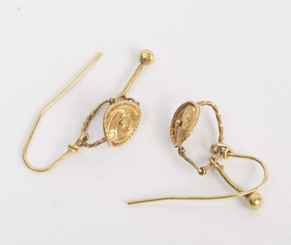 A Pair of Ancient Roman Gold Earrings c.1st century AD.