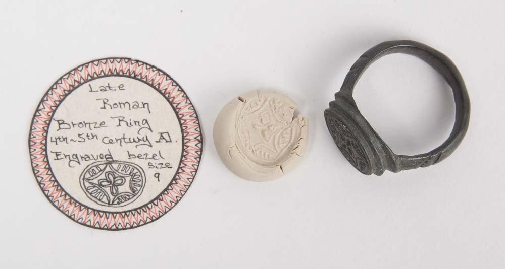 Ancient Roman Bronze Ring c.4th century AD