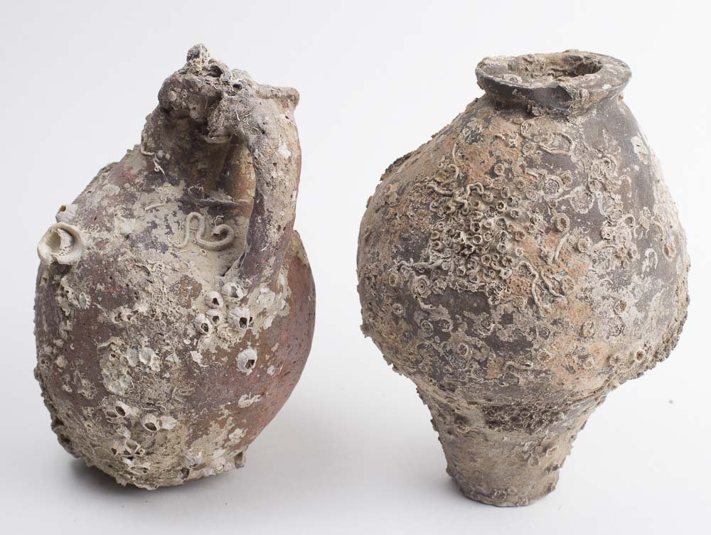 Lot of 2 Roman Terracotta Jars with Sea Shells c.1st/2n - 2