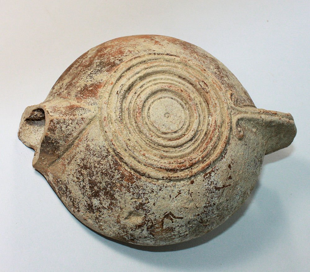 Ancient Roman Terracotta Oil Lamp c.2nd century AD. - 2