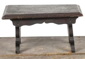Pennsylvania walnut foot stool, early 19th c., 9''
