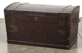 European painted pine dome lid trunk, early 19th