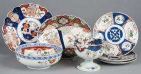Seven pieces of Imari porcelain.