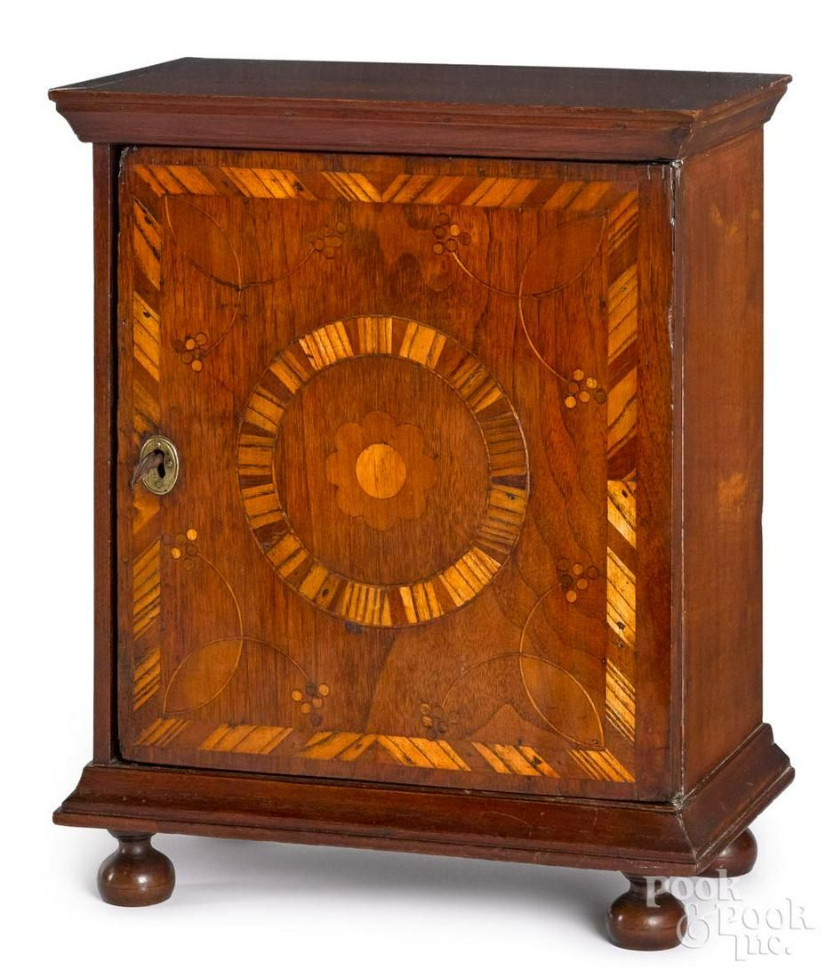 Pennsylvania William and Mary spice chest