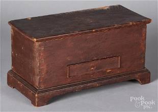 Miniature pine blanket chest