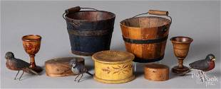 Woodenware, to include three carved birds, etc.