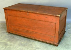 507: Red painted pine blanket chest, 19th c., 27 1/2''