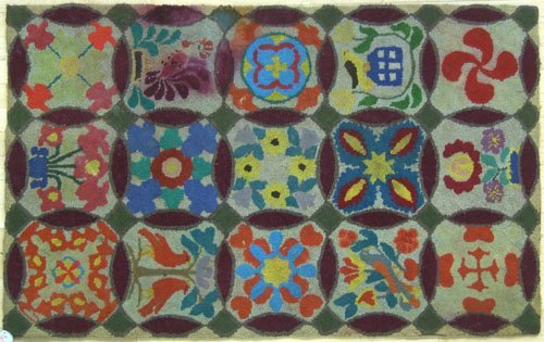 16: Hooked rug with floral decoration together with a