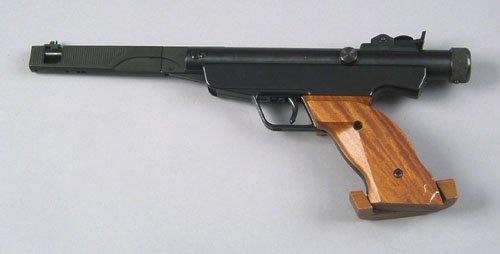 810: RWS Diana model 6 air pistol, .177 cal. with brea