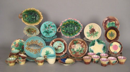 459: Group of English and Etruscean majolica, to inc