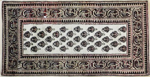 2: Hamadan carpet, 6'8'' x 3'5'', together with three