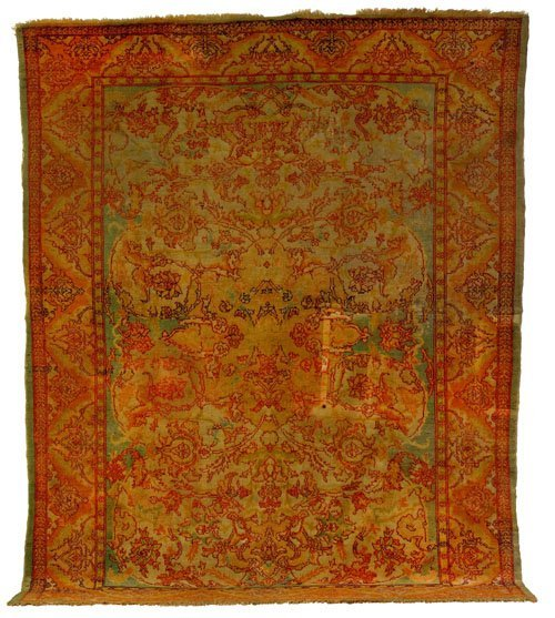 8: Oushak carpet, ca. 1910, with overall floral de
